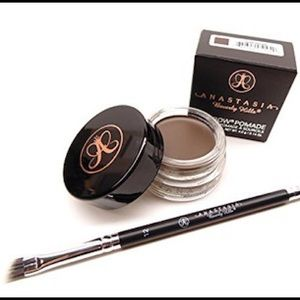 ABH Pomade & #12 Brush Bundle